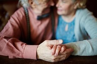 lifespa image, senior couple holding hands