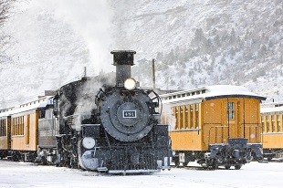 lifespa image, winter trains in the mountains