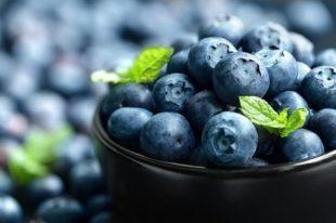 lifespa-image-whole-fruits-blood-sugar-weight-bowl-of-blueberries