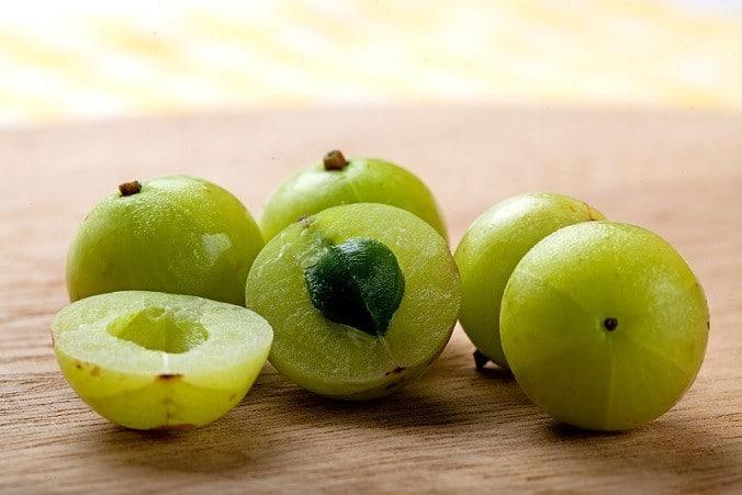 amalaki berries amla vitamin c vitamin e winter vata
