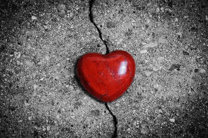 broken heart road image